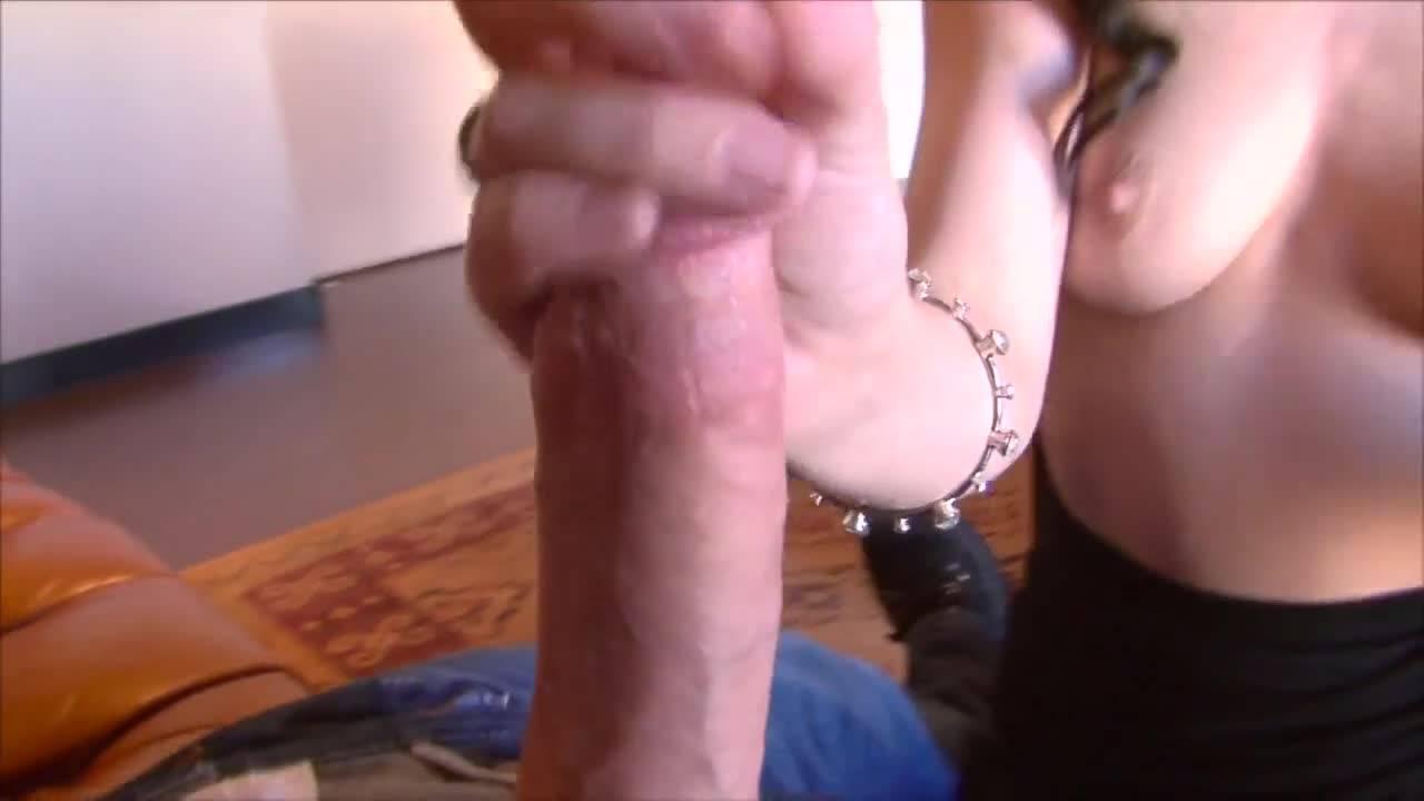 Минет плавно перетек в вагинальный секс