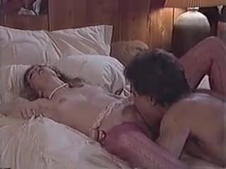 Ретро трах молоденькой девушки в сексуальных чулочках