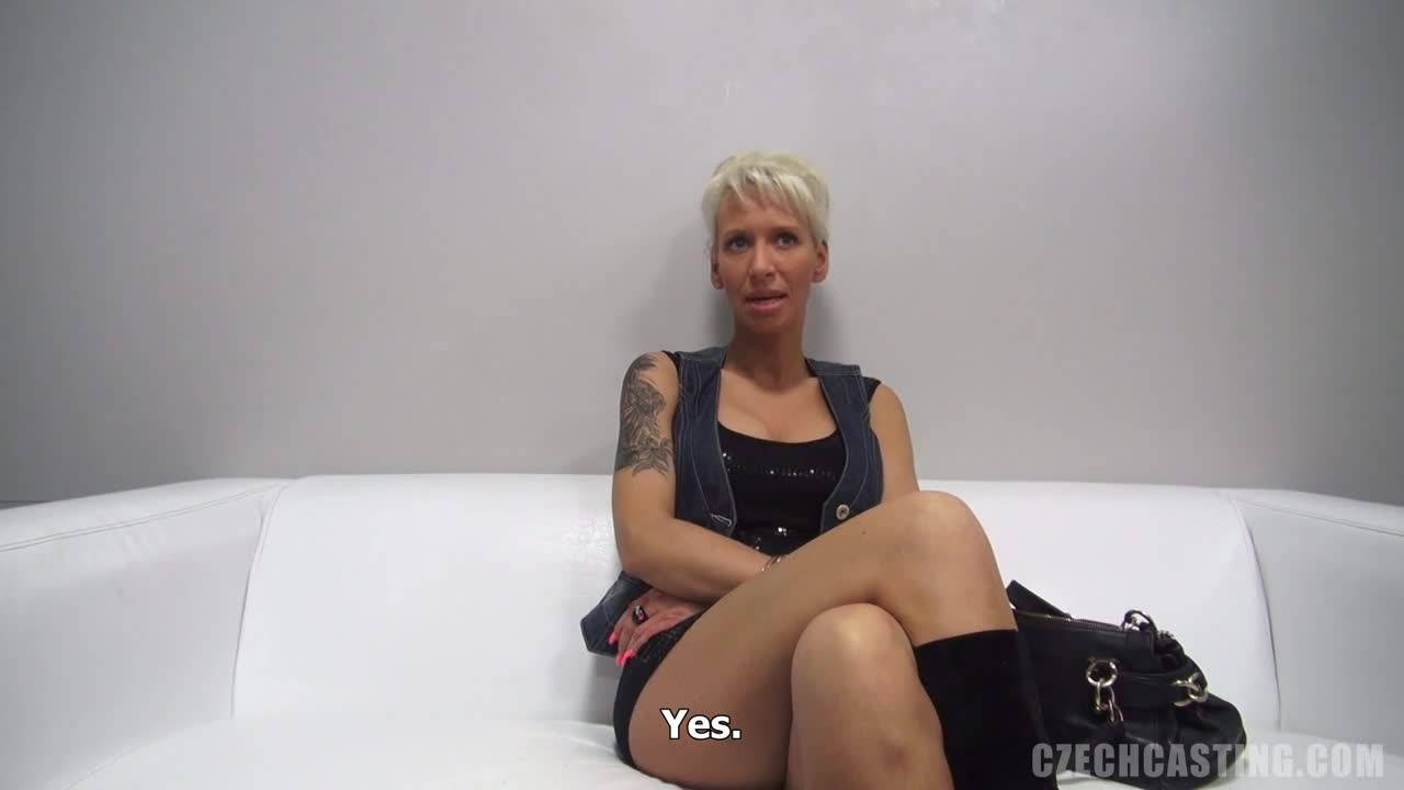 Зрелая блондинка удивляет сексом порно кастинг