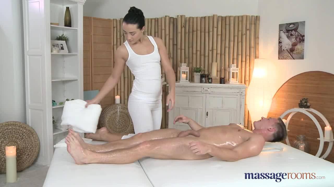 Мечта любого парня это такой массаж, который закончился сексом