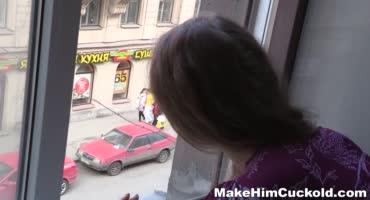 Девушка увидела своего парня с другой и отомстила ему