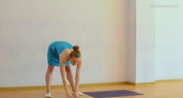 Балерина готовится к соревнованием голышом