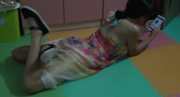 Молодая китаянка стонет связанная на полу