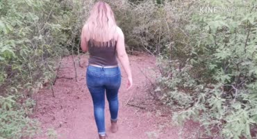 Прогулка на природе окончилась грязным сексом