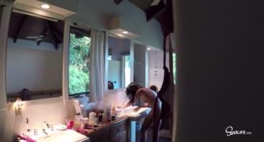 Адриана Чечик и две лесбиянки потрахались после ванны