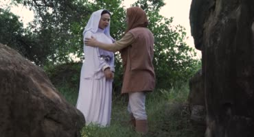 Принцесса Лея, из звёздных войн, отсосала член парня в лесу