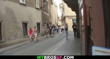 Чешская проститутка трахается с туристом