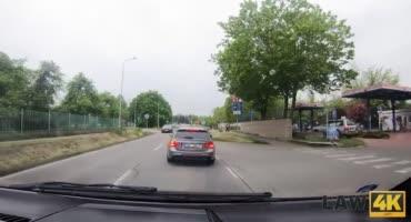 Полицейские поймали угонщиц машин и знатно наказали её за проступок