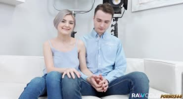 Русская парочка решила начать карьеру в порно и пришла на кастинг