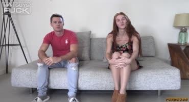 Молодая парочка пробует себя в порнобизнесе