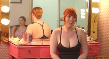 Рыжая массажистка Лорен Филлипс трахнула своего клиента