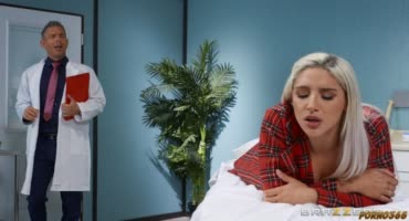Жопастая Абелла пришла за аналом от доктора