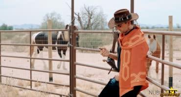 Встреча ковбойши на ранчо закончилось что в нее выстрелили не из того ствола