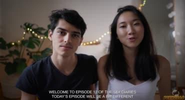 Парень с любовью трахает свою девушку азиатку