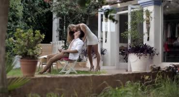 Эбби Анжелика занимаются красивым сексом дома