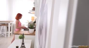 Рыженькая Мишель Кан потрахалась утром с мужем вместо кофе
