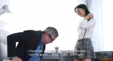 Русское порно красивой студентки с преподавателем