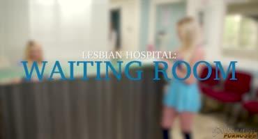 Две молоденькие медсестры перепихнулись вместе
