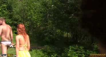 Оргия в лесу лучшее развлечение для молодых студентов
