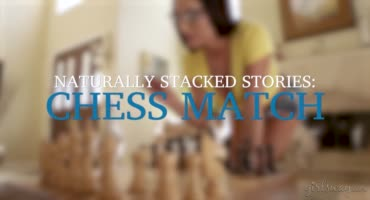 Чемпионка по игре в шахматы развела свою подругу на секс