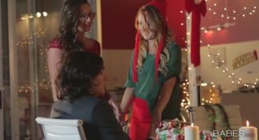 Хорошо повеселилась на Рождество, занимаясь сексом с бывшим