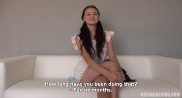 Юная сучка посетила чешский кастинг и трахнулась там