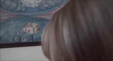 Красивая студентка Лили Райдер сосёт член в интимной маске