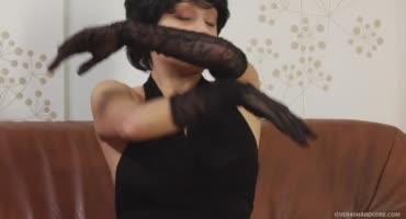 смотреть Зрелая Московская милашка и её похождение к очередному любовнику