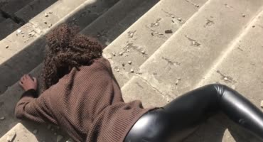 На заброшенной Московской стройке нашёл одинокую бедолагу
