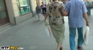 Отодрал сочную проститутку Москвы в туалете