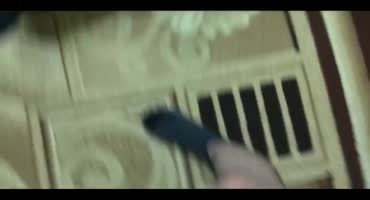 Московская шкура просит пощады, когда рвет щели в ганг банге