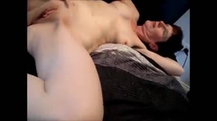 Мужик умыл спермятиной рыжеволосую Zoey Nixon
