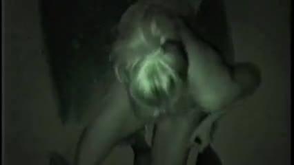 Жопастая жена пердит в оргазме при трахе раком