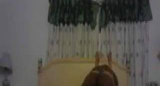 Sylvia Chrystall делает миньет на скрытую камеру